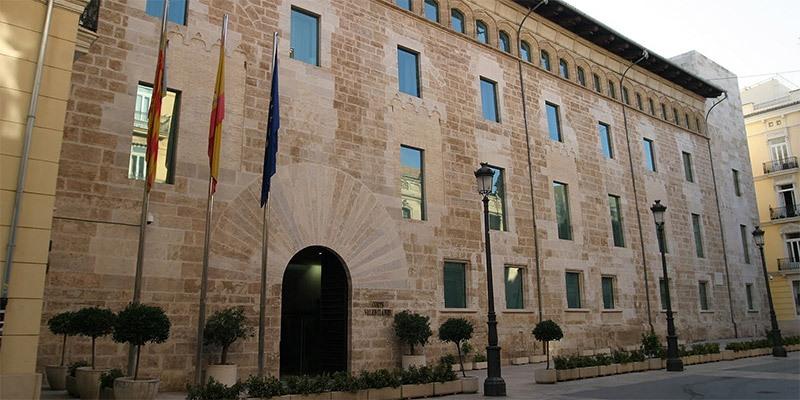 Encuentros con grupos políticos valencianos
